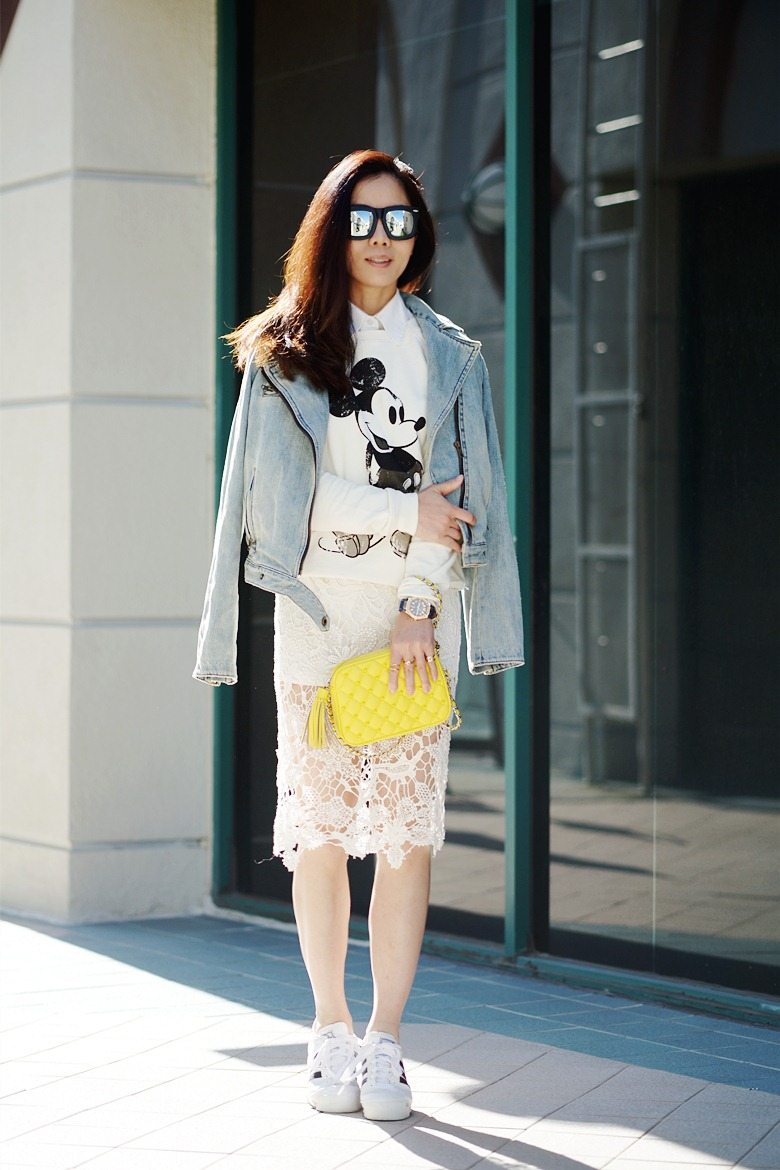 HallieDaily Mickey Sweatshirt Lace Midi Skirt and Sneakers_12