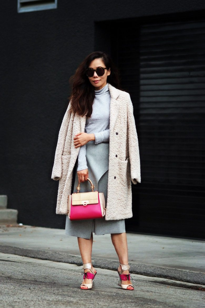 Hallie Swanson Ferragamo Bag and Shoes, HM Coat, Zara Skirt, Gap Top_11