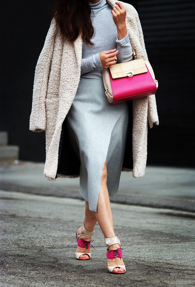 Hallie Swanson Ferragamo Bag and Shoes, HM Coat, Zara Skirt, Gap Top_12