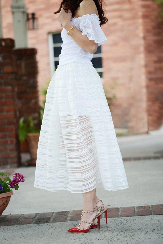 Full skirt in white – Modern skirts blog for you