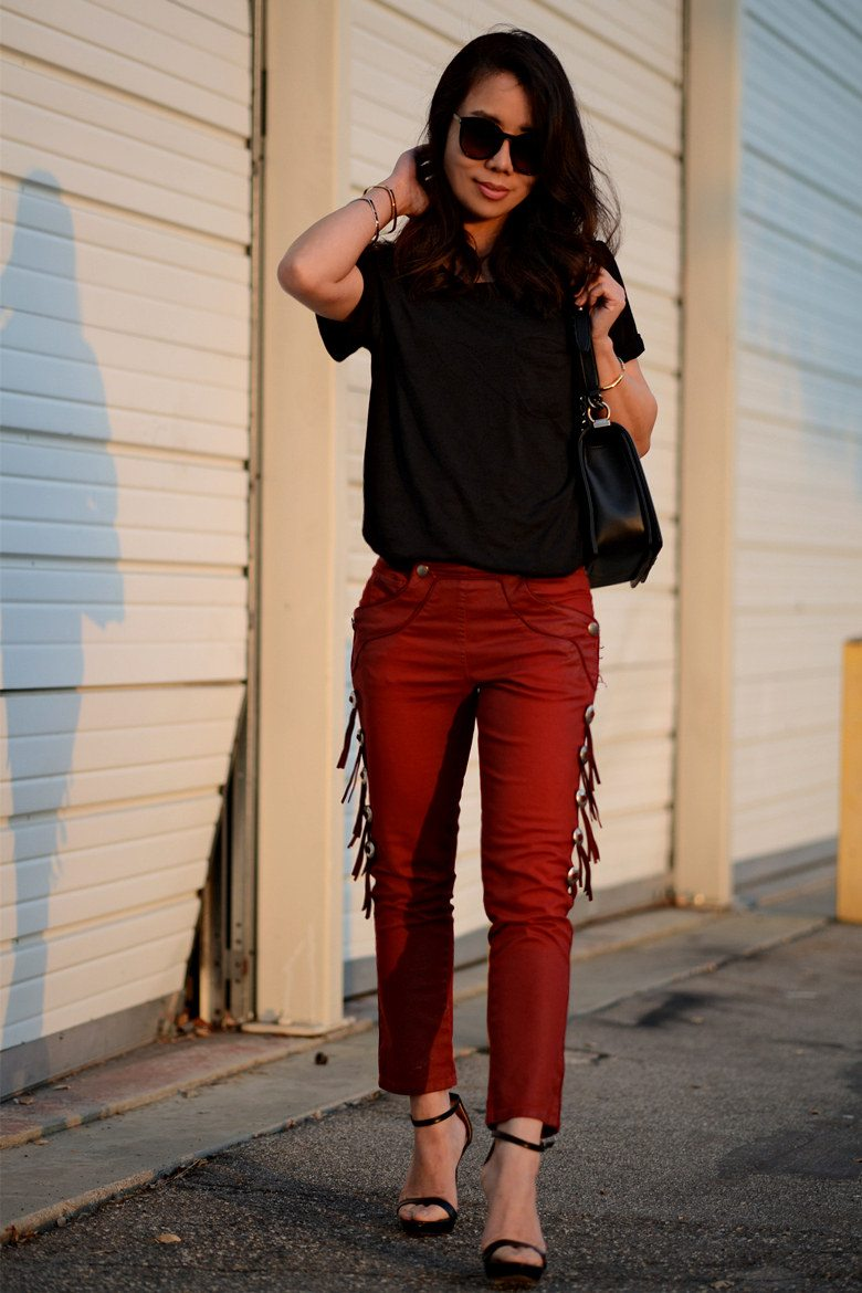 2 T Shirt And Jeans Styles With Victoria S Secret Tshirt