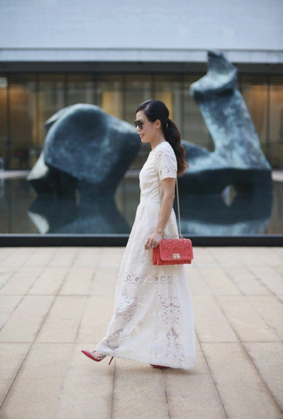 32811c9a17d5 HallieDaily  Maxi-Dress-Valentino-Bag-Shoes – Hallie Daily