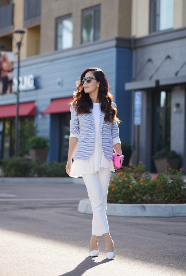 HallieDaily-Fall Layers-Pink Clutch-White Pants 1
