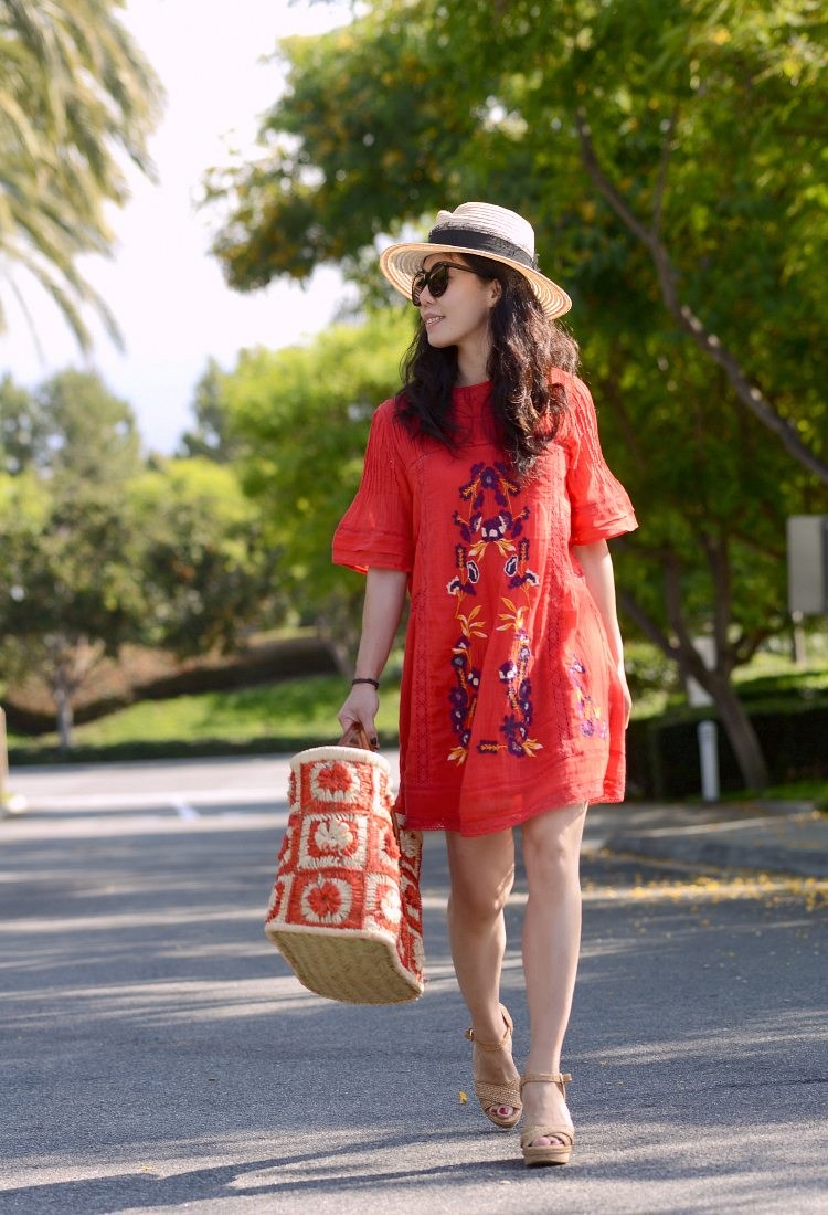 HallieDaily: Travel Style-Red Tunic-Straw Tote-Nude Wedges
