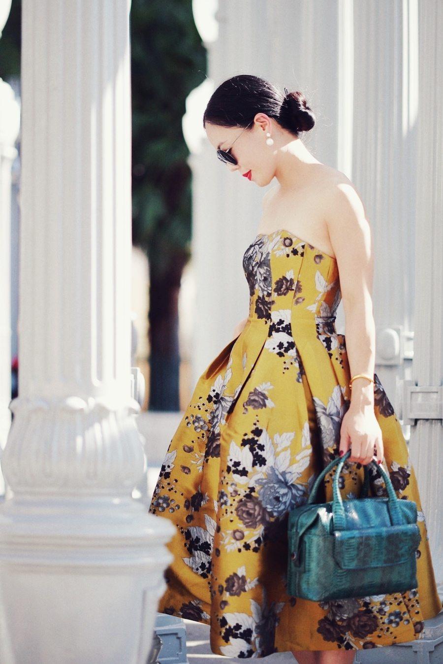 206e9ac224e5 Holiday Dressing  Floral Dress   Maxi Coat